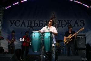 Музыкальные инструменты в лэтин-джаз: барабаны, перкуссия