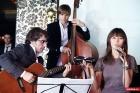 Певица и группа на мероприятие