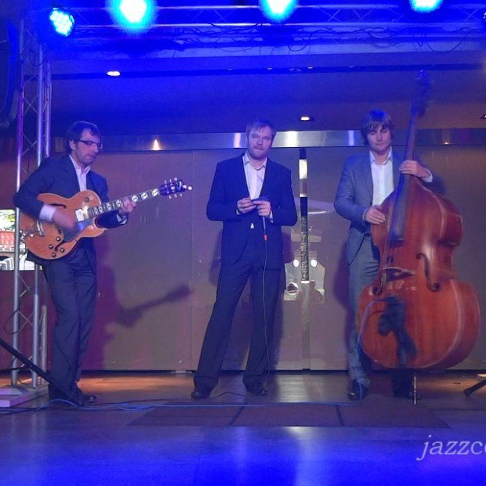 Romantique Jazz Trio