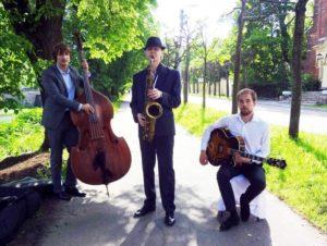 Трио с саксофоном