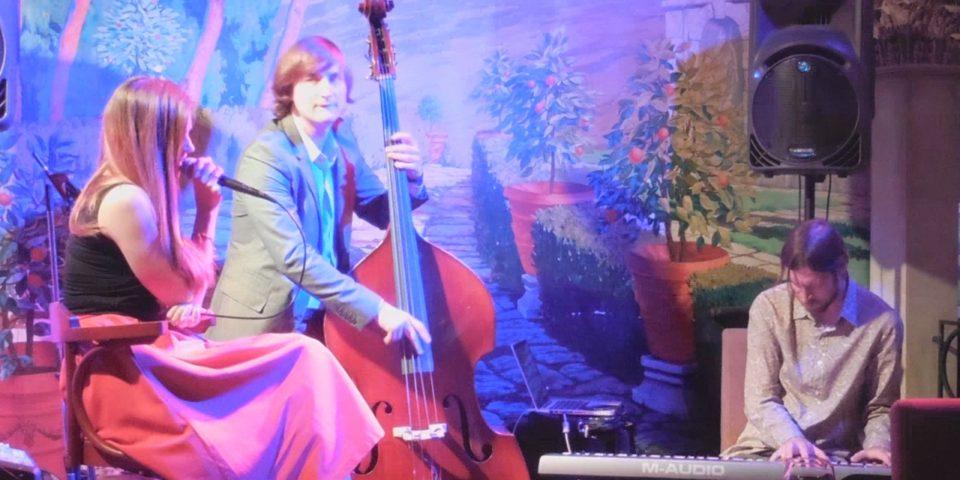 салонный джаз из СПб